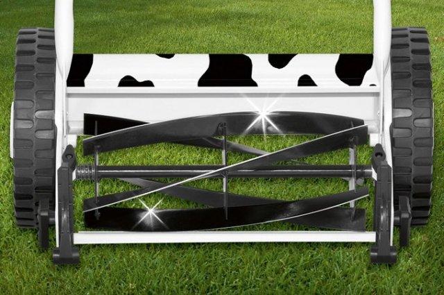 Как правильно выбрать ручную газонокосилку