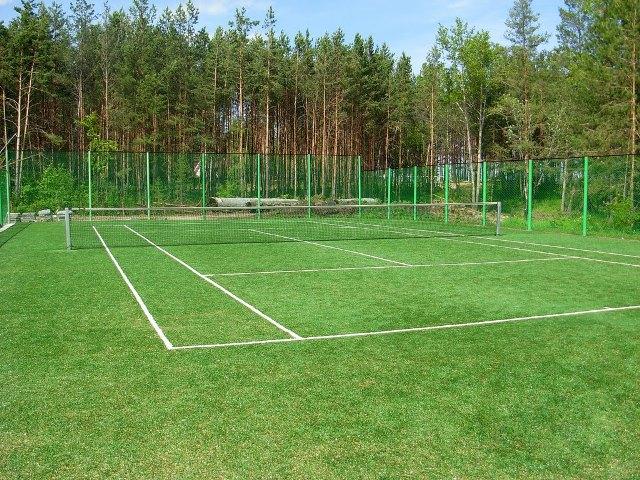 Теннисный газон